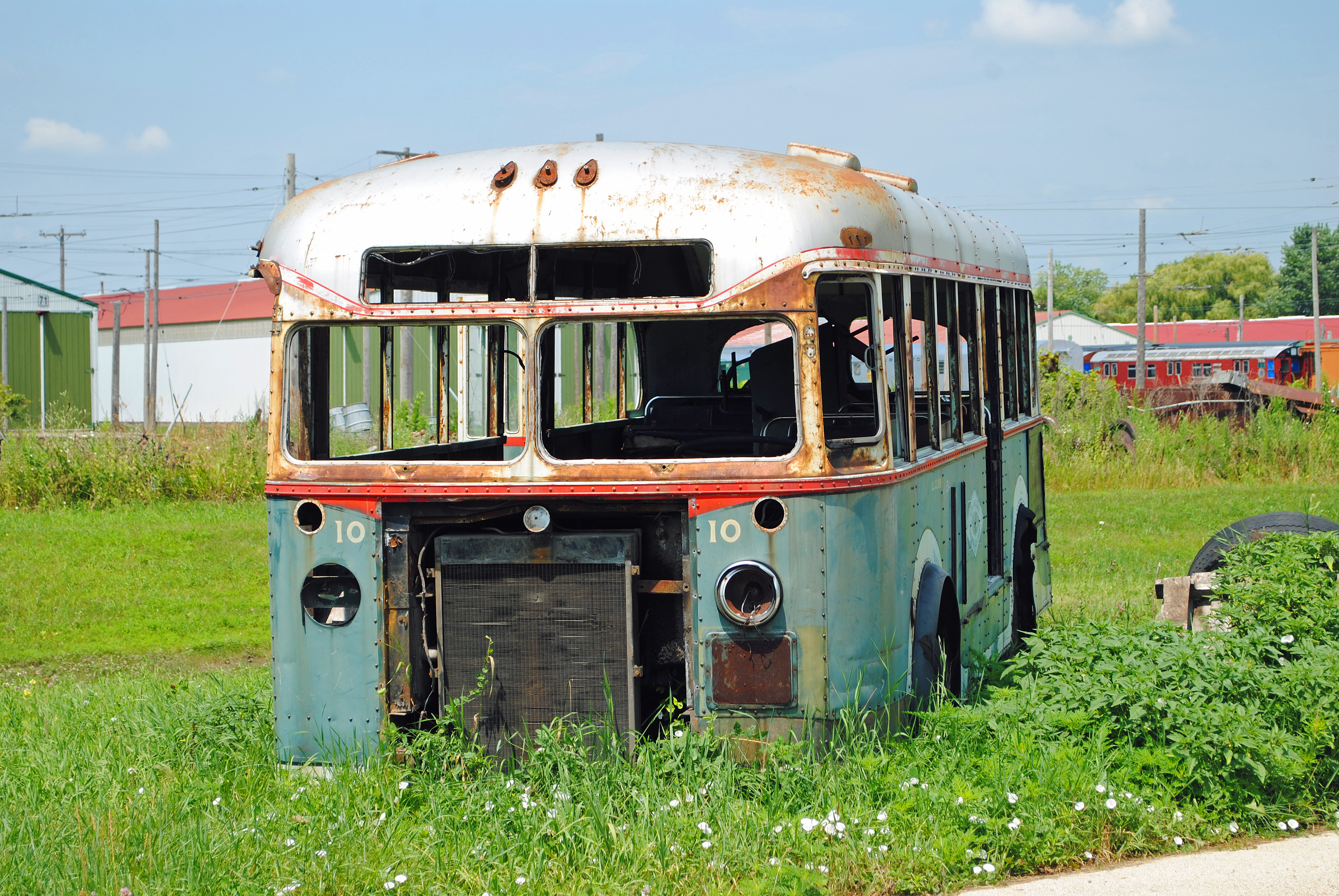 vintage_bus_irm_0102_7_21_13_by_eyepilot13-d6f6y3t.jpg